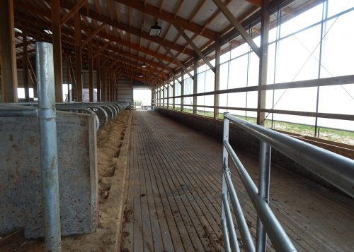 Barn and flatwork manure pit